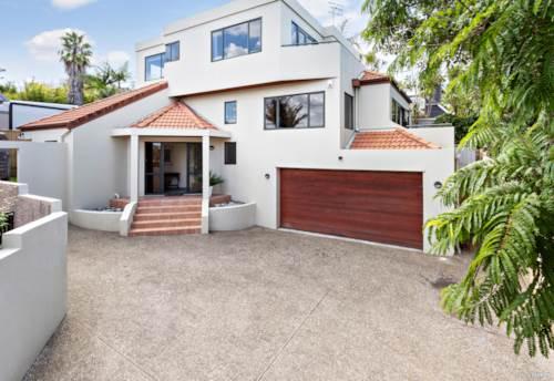 Murrays Bay, Make a Winning Move!, Property ID: 809754 | Barfoot & Thompson