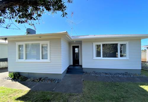 Northcote, Character filled, Refurbished, Two Bedroom house in Northcote, Property ID: 22005268   Barfoot & Thompson