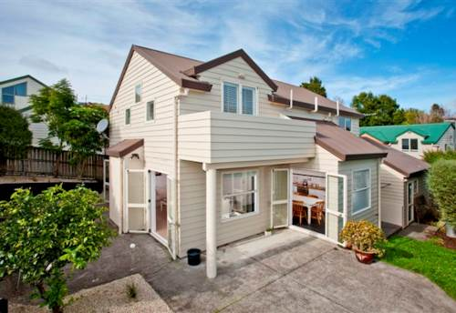 Northcote Point, Northcote Point Charmer , Property ID: 11001115 | Barfoot & Thompson
