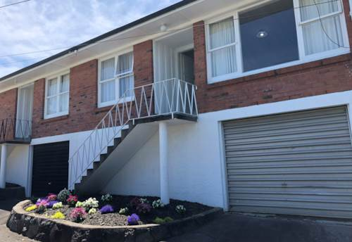 Northcote Point, Top Location, Property ID: 11001218 | Barfoot & Thompson