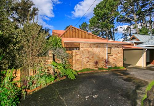 Birkenhead, Sunny Townhouse , Property ID: 11002241 | Barfoot & Thompson