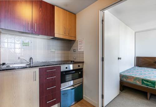 City Centre, Sunny two bedrooms in central, Property ID: 11002244 | Barfoot & Thompson