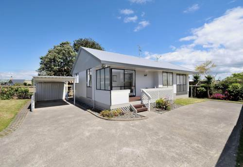 Forrest Hill, Well Presented - Four Bedrooms, Property ID: 12000675 | Barfoot & Thompson