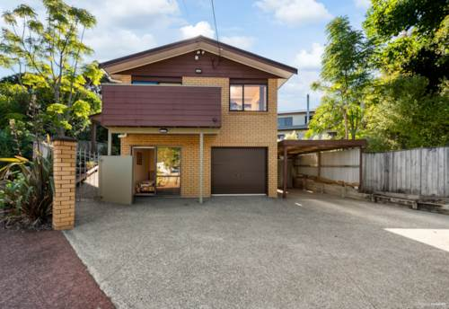 Titirangi, Superior location - $949,000, Property ID: 809756 | Barfoot & Thompson