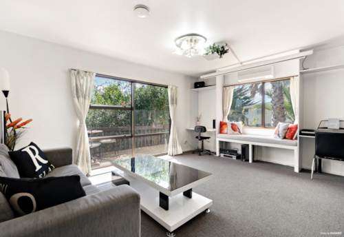 Papatoetoe, HOME IS WHERE THE HEART IS IN PAPATOETOE, Property ID: 809378 | Barfoot & Thompson