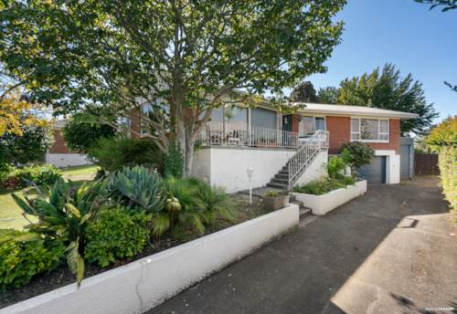 Papatoetoe, MIXED HOUSING URBAN 675M² + EXCELLENT FAMILY HOME, Property ID: 809867 | Barfoot & Thompson