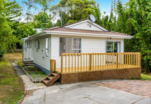 Torbay, Modern 3 Bedroom House, Property ID: 12000892 | Barfoot & Thompson