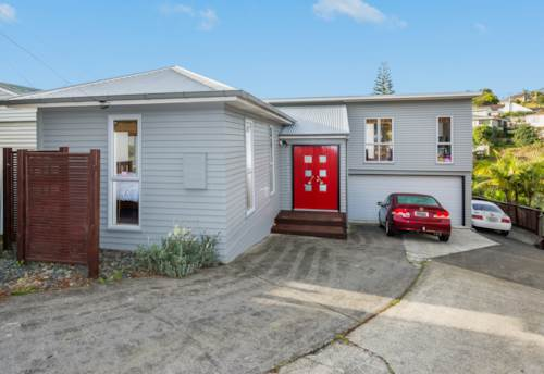 Rothesay Bay, Something Special, Property ID: 12000934 | Barfoot & Thompson