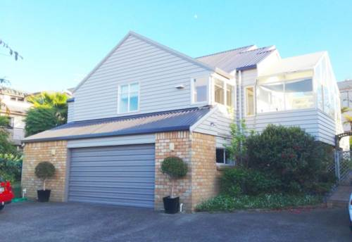 Browns Bay, 3 Bed 2 Bath Family Home, Property ID: 12000985 | Barfoot & Thompson