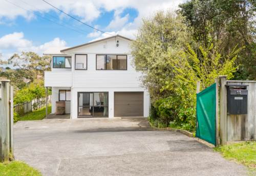 Browns Bay, 4 Bed, Office & Rumpus, Property ID: 12001047 | Barfoot & Thompson