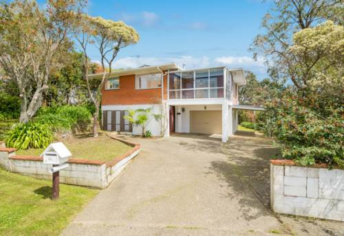 Torbay, Spacious Family Home, Property ID: 12001049 | Barfoot & Thompson