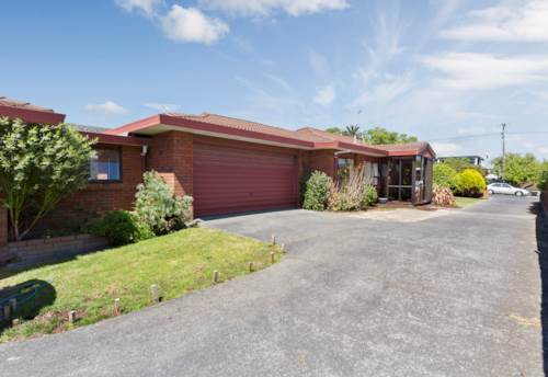 Rothesay Bay, Delightful Home In Rangi Zone!, Property ID: 12001078 | Barfoot & Thompson