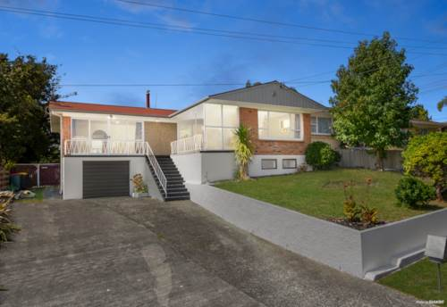 Papakura, Once in A Blue Moon, A Blue-Chip Opportunity Arises, Property ID: 808731 | Barfoot & Thompson