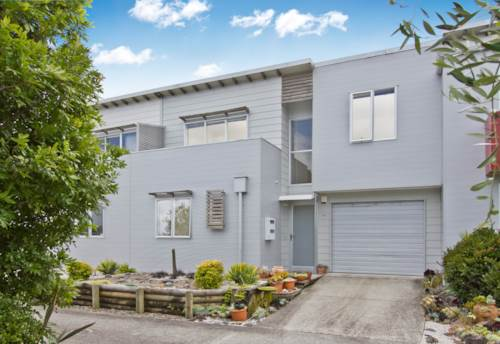 Glen Eden, Immaculate Townhouse, Property ID: 12001100 | Barfoot & Thompson