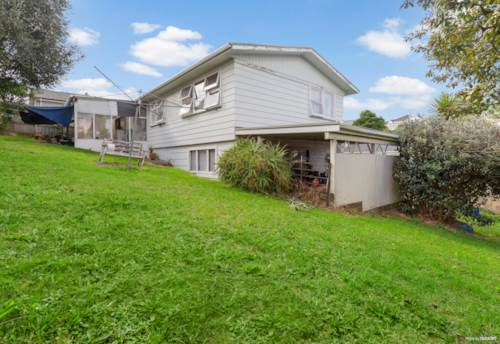 Birkdale, Fantastic Do Up in A Great Location!, Property ID: 809896   Barfoot & Thompson