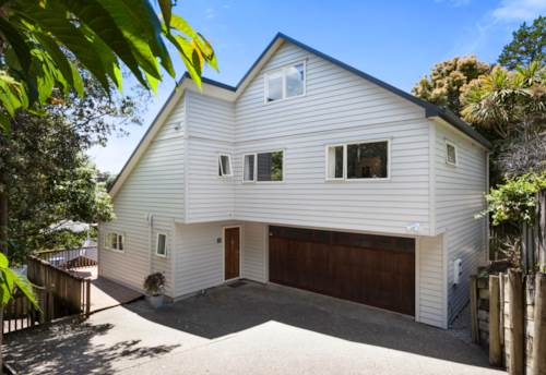 Browns Bay, Spacious 4 Bedroom with Attic Space, Property ID: 12001188 | Barfoot & Thompson