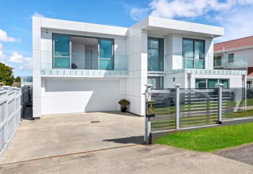 Bucklands Beach, Luxury in the heart of Macleans, Property ID: 809795   Barfoot & Thompson