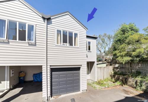 Albany, Family Friendly Home - Walk to Oteha Valley Primary, Property ID: 12001219 | Barfoot & Thompson