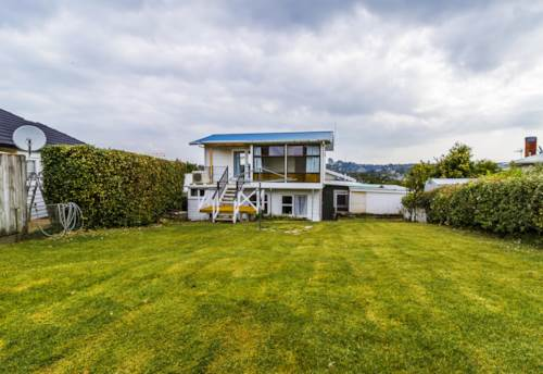 Browns Bay, Amazing Views in Central Browns Bay, Property ID: 12001269 | Barfoot & Thompson