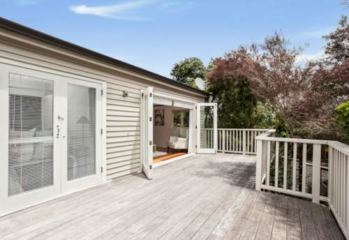 Browns Bay, Oh So Cute! , Property ID: 12002328 | Barfoot & Thompson