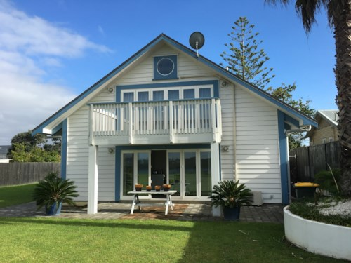 Bayswater, Clifftop Location, Property ID: 13000881 | Barfoot & Thompson