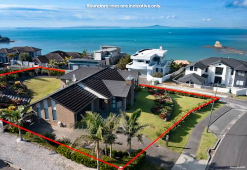 Matakatia Bay, Simply Superb Living With Birds Eye Views, Property ID: 810099 | Barfoot & Thompson