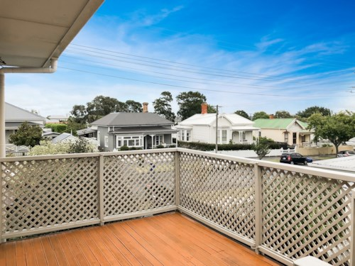 Devonport, Unit with open outlook, Property ID: 13001960 | Barfoot & Thompson