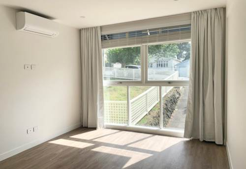 Epsom, Renovated and Ready to be Occupied! , Property ID: 14001344   Barfoot & Thompson