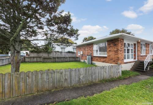 Onehunga, Brick Beauty! Top Location!, Property ID: 810031 | Barfoot & Thompson