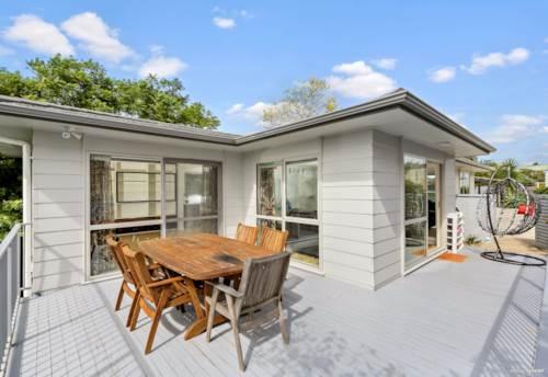 Half Moon Bay, Affordable & Quality 3 Bedrooms in Half Moon Bay, Property ID: 810112 | Barfoot & Thompson