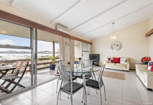 Devonport,  2 Bedroom Apartment in Devonport Village, Property ID: 13002040 | Barfoot & Thompson