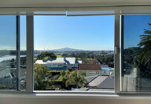 Devonport, Beautiful sea views from Devonport apartment , Property ID: 13002046 | Barfoot & Thompson