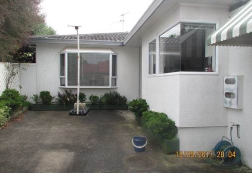 One Tree Hill, So close to the park, Property ID: 14000994   Barfoot & Thompson