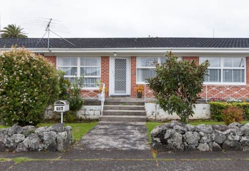 One Tree Hill, Two Bedroom on Tawa, Property ID: 14001101   Barfoot & Thompson