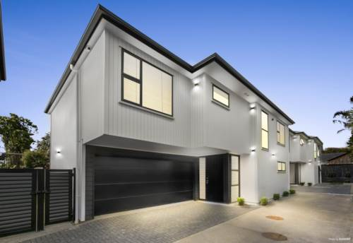 Mt Eden,  Modern, Stylish and Classy, Property ID: 14001144 | Barfoot & Thompson