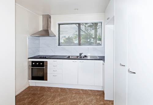 Manurewa, Partially Renovated Home!, Property ID: 14001182 | Barfoot & Thompson