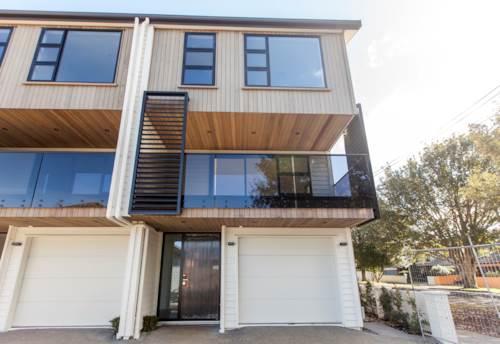 Royal Oak, Brand New Townhouse- Modern, Stylish and Classy!, Property ID: 14001226   Barfoot & Thompson