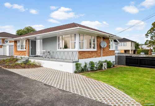 Epsom, Sunny, Stunning and Modern Home in Double Grammar Zone!, Property ID: 14001228 | Barfoot & Thompson