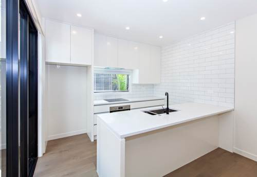 One Tree Hill, Brand New Classy and Modern Home!, Property ID: 14001263 | Barfoot & Thompson