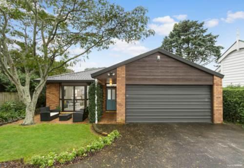 Royal Oak, Single Level Brick and Tile Home, Property ID: 810052 | Barfoot & Thompson