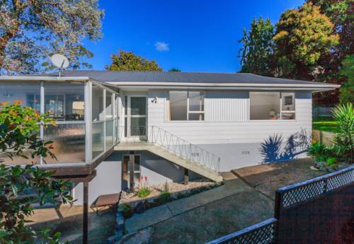 Glenfield, Double Westlake Zone Home., Property ID: 15000803 | Barfoot & Thompson