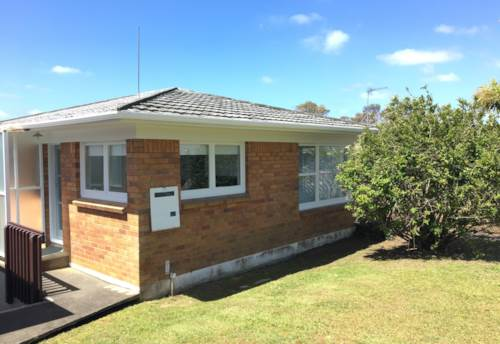 Glenfield, Renovated Home in Handy Location, Property ID: 15000902 | Barfoot & Thompson