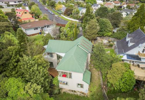 Birkdale, Space and Privacy!, Property ID: 15000907 | Barfoot & Thompson