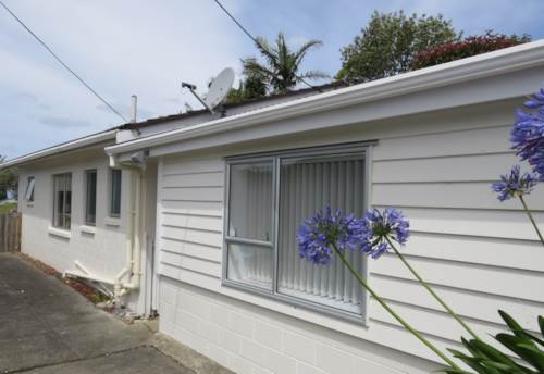 Birkdale, 3 Bedroom Family Home , Property ID: 15000912 | Barfoot & Thompson