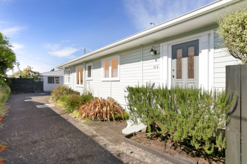 Birkdale, Appealing Three Bedroom Family Home, Property ID: 15000921 | Barfoot & Thompson