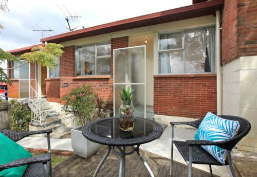 St Johns, Tidy 1 Bedroom Unit in St Johns, Property ID: 15000982 | Barfoot & Thompson