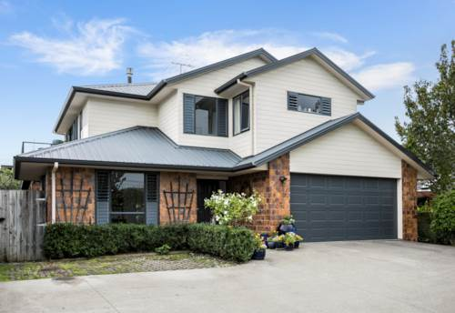 Torbay, EXECEPTIONAL LIVING, Property ID: 15000991 | Barfoot & Thompson