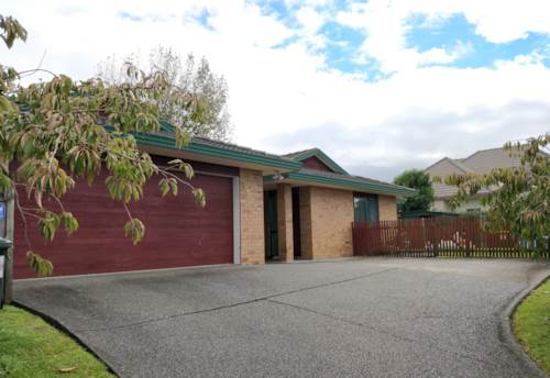 Henderson, 4 bedrooms house in Henderson- Proposed 2 heat pumps will be installed, Property ID: 15000998 | Barfoot & Thompson