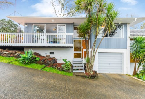 Bayview, Pet Friendly in Bayview, Property ID: 15002032 | Barfoot & Thompson
