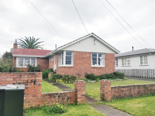 Bayswater, 3 Bedrooms Bayswater Delight, Property ID: 15002055 | Barfoot & Thompson